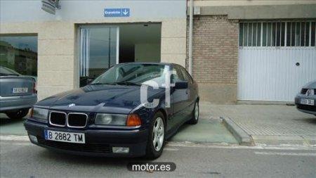 BMW Serie 3 325TD con 4 puertas