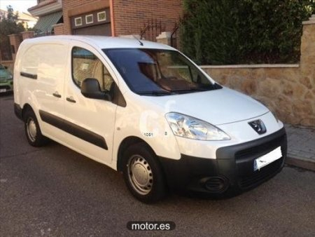 Peugeot Partner Furgon Confort L2 HDi 90cv con 4 puertas