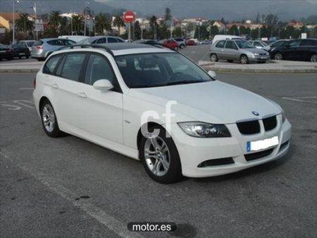 BMW Serie 3 320D TOURING con 5 puertas
