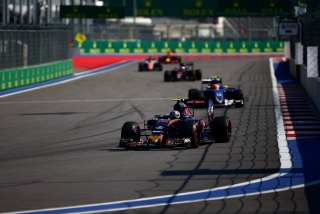 F1 2016: Carlos Sainz - Foto 4