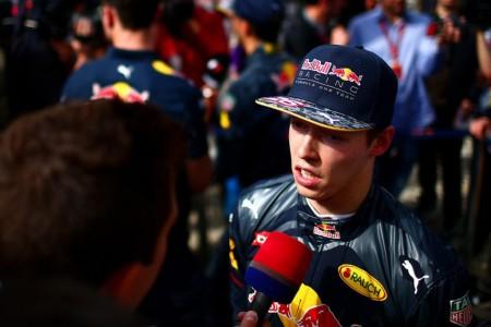Daniil Kvyat lidera el desastre de Red Bull en Sochi