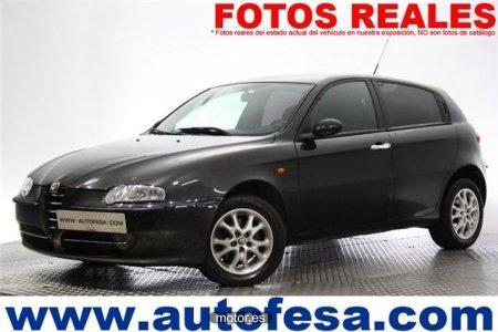 Alfa Romeo 147 1.6 TWIN SPARK 105CV IMPRESIONE 5P del año 2004 con 80 ...